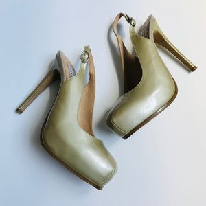 abbacd9eb163 Steve Madden Shoes - Steve Madden Staciee Platform Sling Back Heels